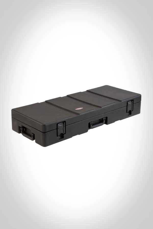 SKB Low Profile ATA Case with Wheels right